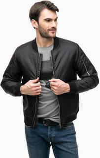 Черная куртка с карманом на рукаве Blue Seven