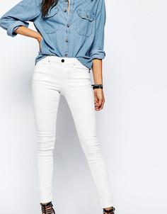 Белые джинсы скинни с классической талией ASOS PETITE Lisbon - Белый