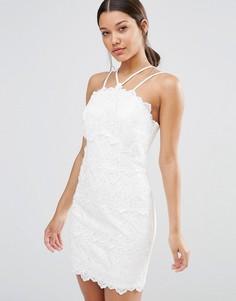Облегающее кружевное платье на бретелях River Island - Кремовый