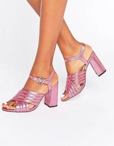 Сандалии металлик на каблуке с ремешками крест-накрест River Island - Розовый