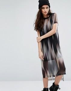 Платье-футболка 2 в 1 с абстрактным принтом River Island - Мульти