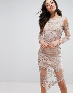 Платье с асимметричным подолом и вышитым кружевом River Island - Бежевый