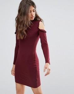 Платье с открытыми плечами и оборками Only Ripsi - Красный