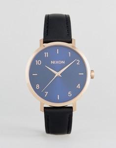 Часы с черным кожаным ремешком Nixon Arrow - Черный