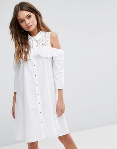 Платье с вырезами на плечах и вышивкой ришелье River Island - Белый