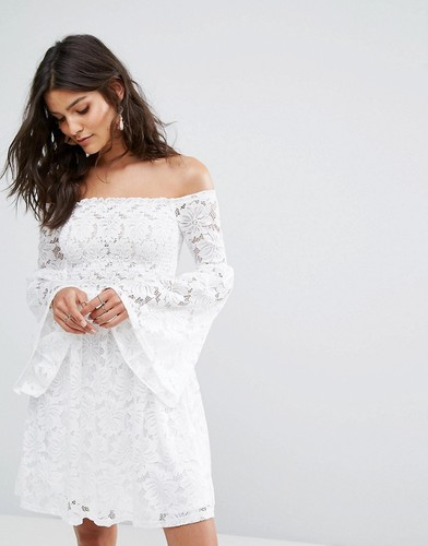 Кружевное платье с расклешенными рукавами River Island - Белый