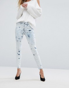 Зауженные джинсы с принтом тай-дай River Island - Синий