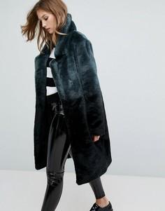 Длинное пальто из искусственного меха с эффектом омбре Urbancode - Черный