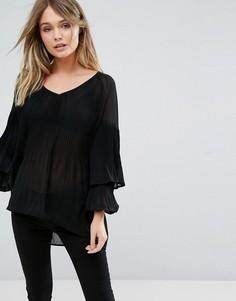 Плиссированная блузка с оборкой River Island - Черный