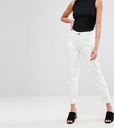 Выбеленные джинсы бойфренда с отделкой искусственным жемчугом River Island Petite - Белый