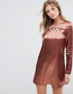 Атласное платье Glamorous - Красный