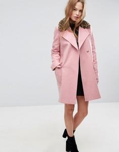 Пальто с леопардовым принтом на воротнике ASOS - Розовый