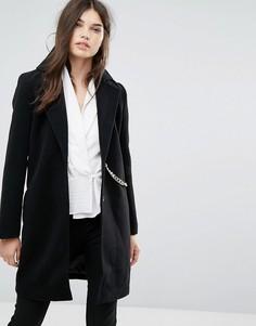 Черное пальто с отделкой цепочкой Missguided - Черный
