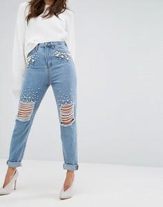 Рваные джинсы с отделкой искусственным жемчугом Boohoo - Синий