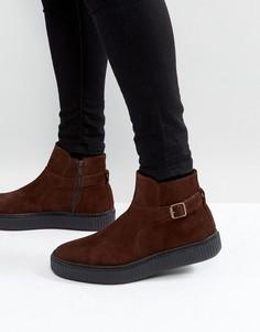 Коричневые замшевые ботинки челси на черной подошве ASOS - Коричневый