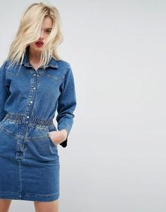 Джинсовое платье-рубашка с эластичным поясом ASOS - Синий