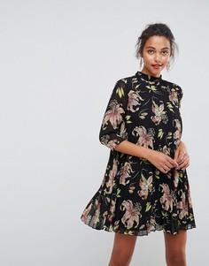 Плиссированное платье мини с высоким воротником и цветочным принтом ASOS - Мульти