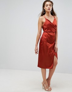 Атласное платье миди на бретельках с запахом ASOS - Оранжевый