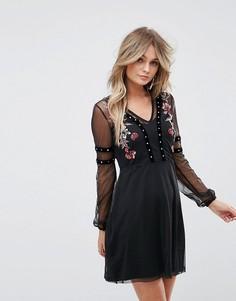 Приталенное платье с вышивкой River Island - Черный