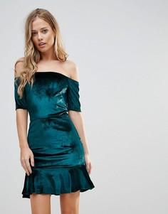 Бархатное платье с открытыми плечами и оборкой Oh My Love - Зеленый