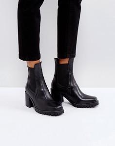 Кожаные ботинки на каблуке и тракторной подошве River Island - Черный