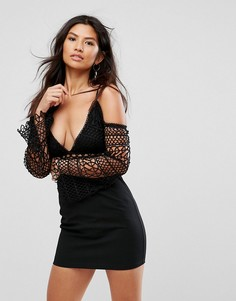 Платье мини с кружевными вставками и открытым плечами Girl In Mind - Черный