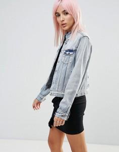 Джинсовая куртка с высоким воротником и необработанным краем Noisy May - Синий