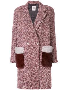 пальто с меховой отделкой на карманах  Eleventy
