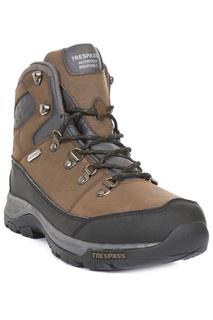 boots Trespass