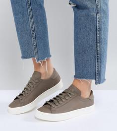 Кроссовки цвета хаки adidas Originals Court Vantage - Белый