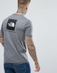Серая футболка с логотипом на спине The North Face - Серый