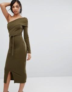 Двухслойное трикотажное платье миди в рубчик на одно плечо Lavish Alice - Зеленый