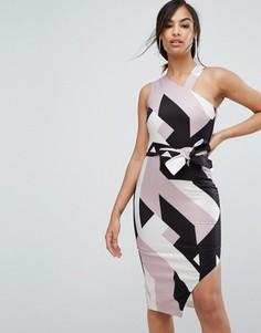 Асимметричное платье-халтер миди с абстрактным принтом Lavish Alice - Мульти