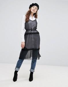 Сетчатое платье миди на бретелях с оборками Pieces - Черный