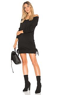 Платье с открытыми плечами - Bobi