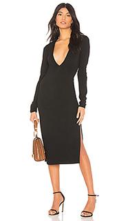 Макси платье с глубоким v-образным вырезом get low maxi - Chrissy Teigen