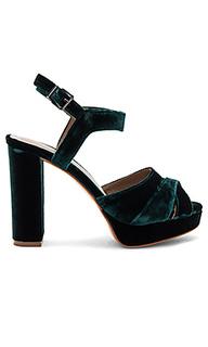 Туфли на каблуке - Lola Cruz