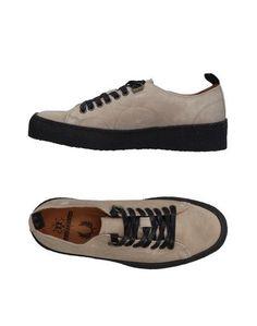 Низкие кеды и кроссовки Fred Perry