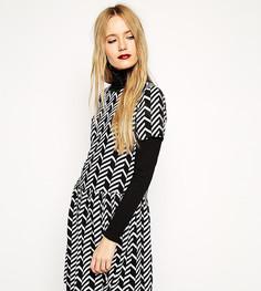 Черно-белое свободное платье с заниженной талией Reclaimed Vintage - Мульти
