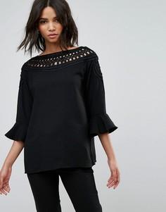 Блузка с кружевными вставками и оборками на рукавах b.Young - Черный