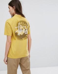 Свободная футболка с принтом Stussy - Желтый