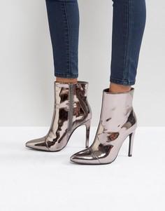 Полусапожки на каблуке-шпильке с заостренным носком и серебристой молнией London Rebel - Серый