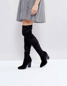 Бархатные ботфорты на блочном каблуке с острым носком London Rebel - Черный