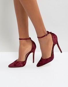 Бархатные туфли на высоком каблуке с острым носом London Rebel - Красный