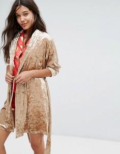 Золотисто-розовый халат из бархата Chelsea Peers - Золотой