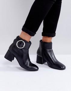 Кожаные ботинки на среднем каблуке с пряжкой Park Lane - Черный