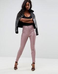Зауженные виниловые брюки ASOS - Розовый