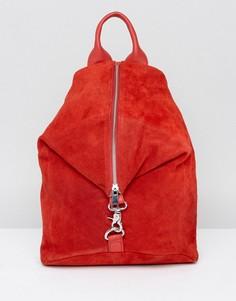 Замшевый рюкзак с карабинным замком ASOS - Красный