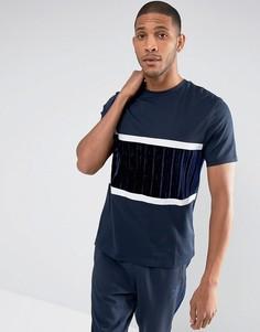 Оверсайз-футболка с темно-синей фактурной велюровой вставкой ASOS - Темно-синий