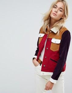 Вельветовая куртка в стиле вестерн с воротником и подкладкой из искусственного меха Wrangler x Peter Max - Красный